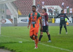 Monga marcou os gols da vitória da Cambura neste domingo. Foto: Rafael Nunes/CFC
