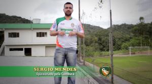 Torcedor apaixonado da Cambura, Sérgio Mendes está no documentário