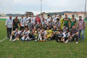 Equipe campeã da Copa Fontour. Foto: Rafael Nunes/Prefeitura de Camboriú