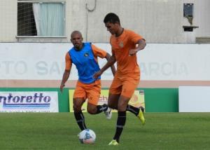 Volante Jessé, que retorna ao clube, é um dos confirmados no elenco Foto: Rafael Nunes/CFC