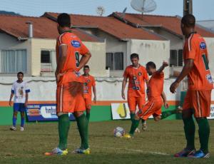 Serginho Catarinense marcou duas vezes de falta. Foto: Rafael Nunes/CFC
