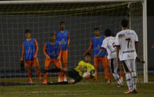 Danrley entrou e defendeu o pênalti. Foto: Rafael Nunes/CFC