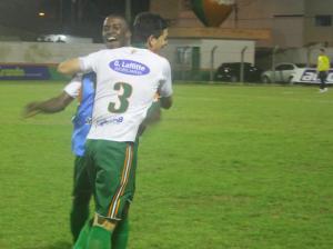 Pedro Paulo marcou o primeiro da Cambura no jogo